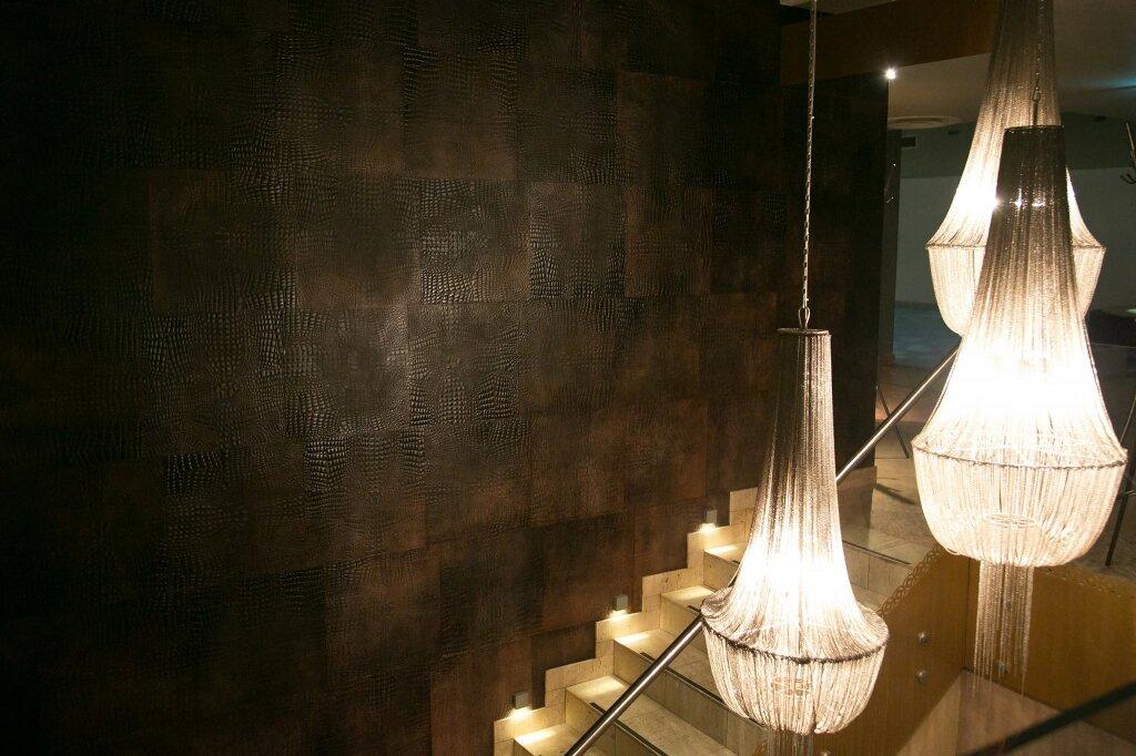 Шкіра для стін та підлоги KAIMAN TUNDRA – CHOCOLAT