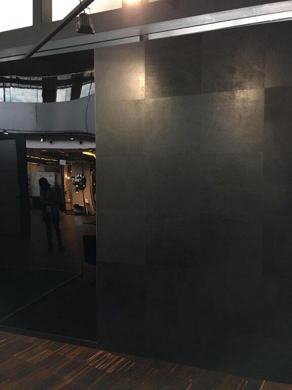 Шкіра для стін та підлоги TUNDRA – OFF BLACK